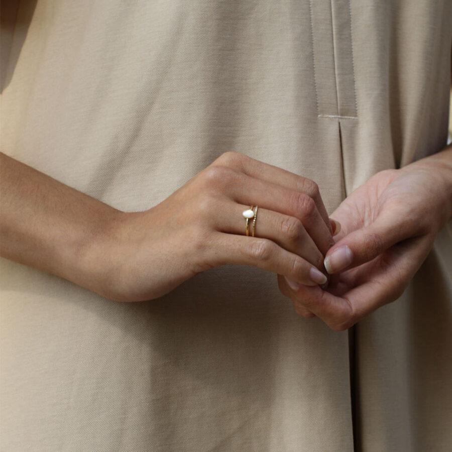 Gold rings, women's rings